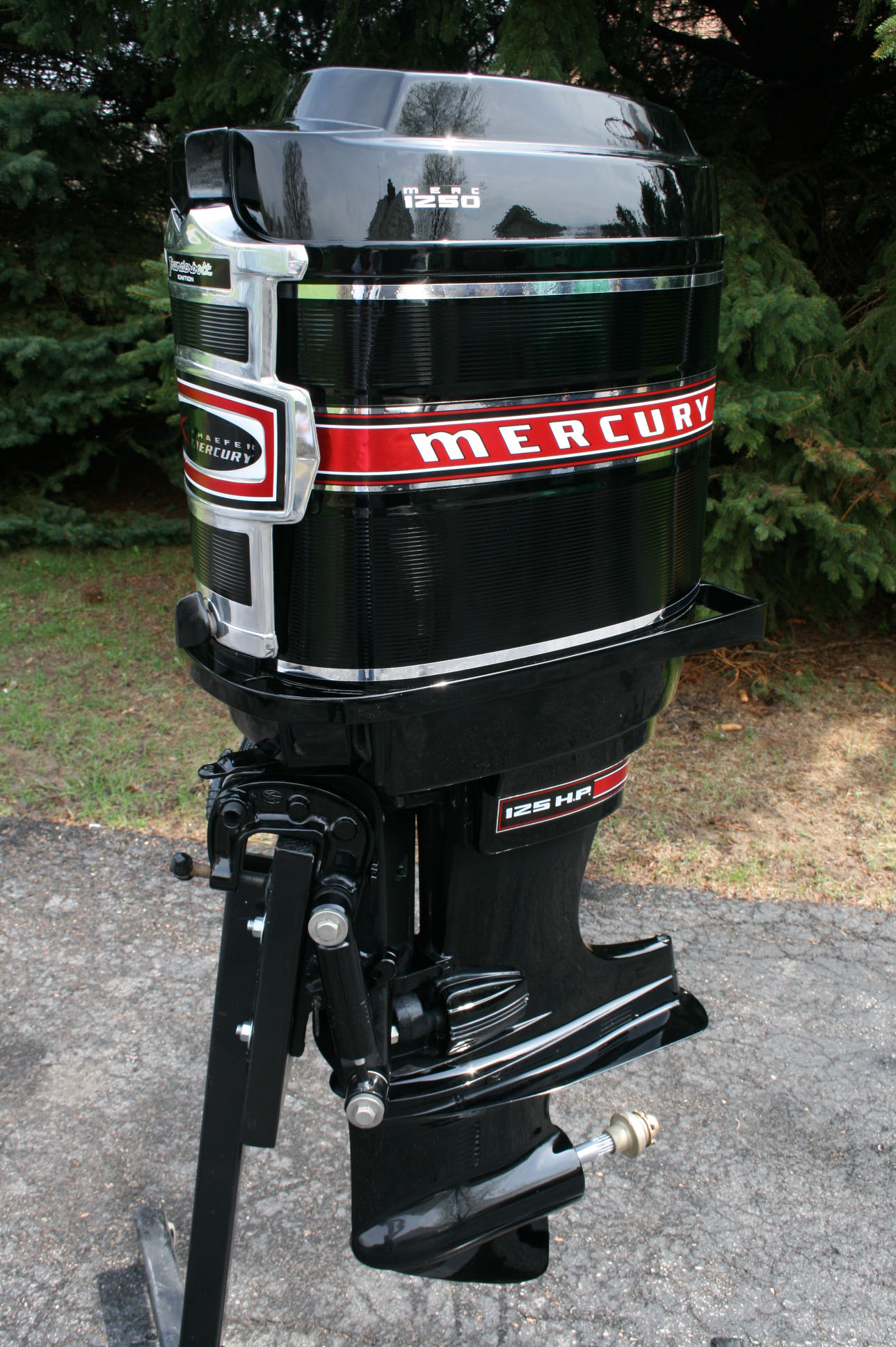 El besides  together with  furthermore Bxp Evinrude Thermostat Assembly Hp together with Maxresdefault. on 1970 evinrude 115 hp outboard
